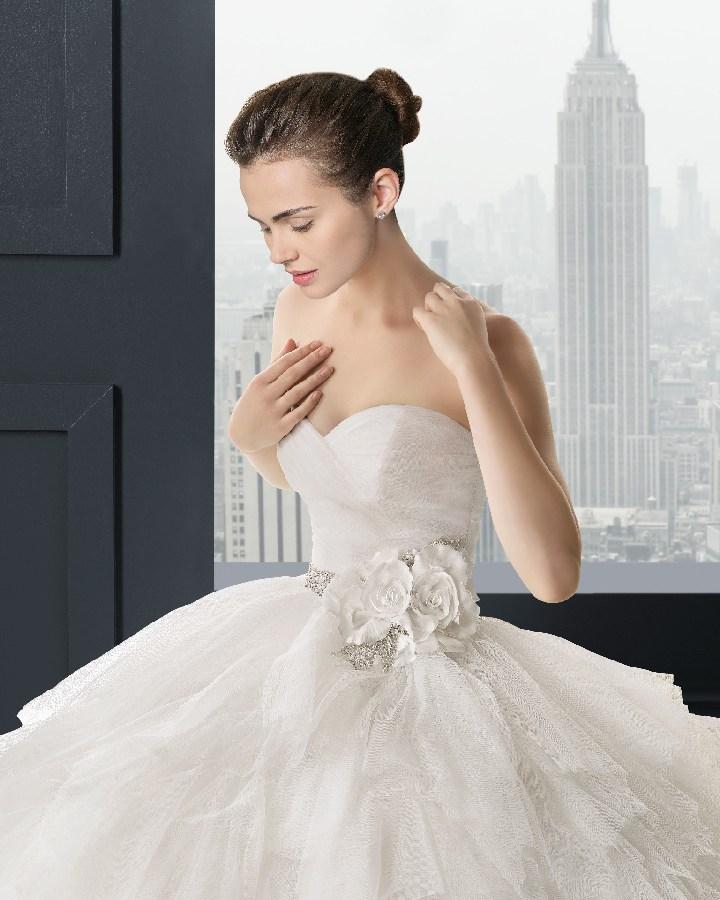 33658343e2bb Gabriela - mercedes svadobný salón - o nás